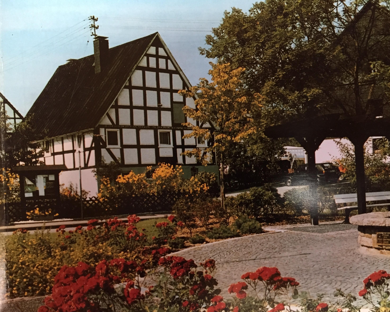 Augustes und Dorfplatz