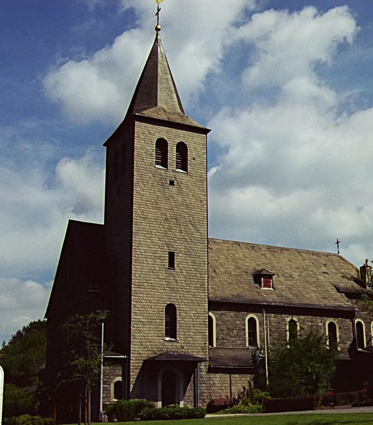 Kirchliches Leben in Oberveischede